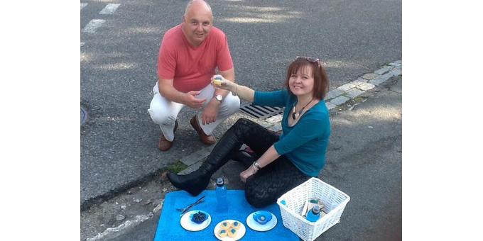 Cllr Karen Chilvers with Mr Pothole