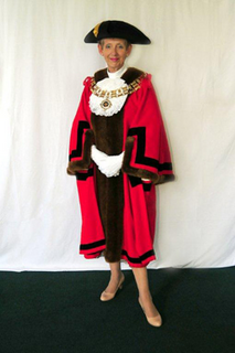 Cllr Vicky Davies, Mayor of Brentwood