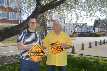 Cllr Barry Aspinell and Gary MacDonnell (Karen Chilvers)